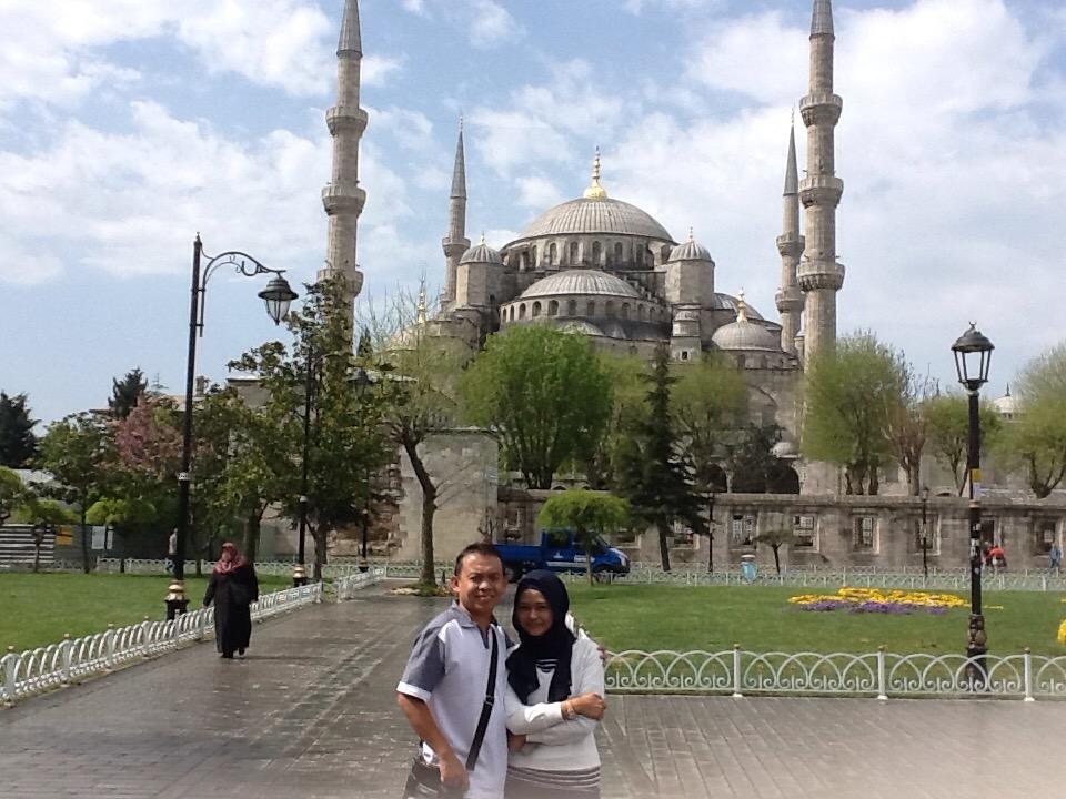 Di depan Blue Mosque, Sultanahmet, Istanbul